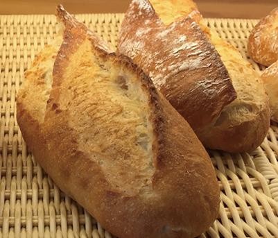 天然酵母バタール みさとのパン工房SAKURA
