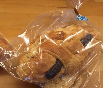 クロワッサンショコララスク みさとのパン工房SAKURA