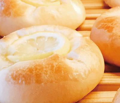 はちみつレモン みさとのパン工房SAKURA